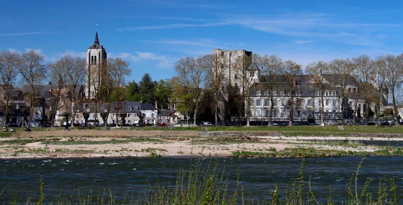 Vue de la ville de Beaugency