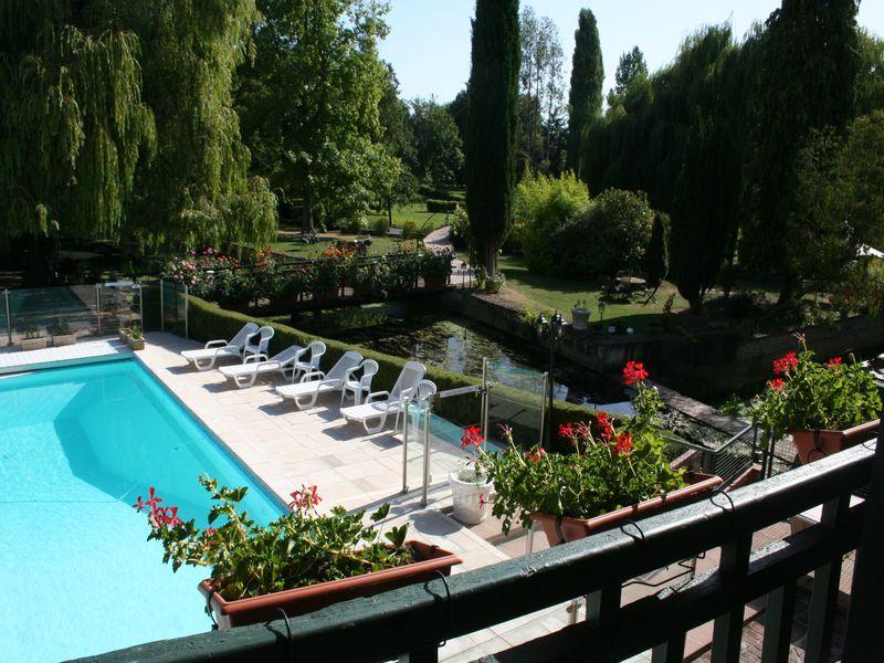 Le Moulin XII piscine